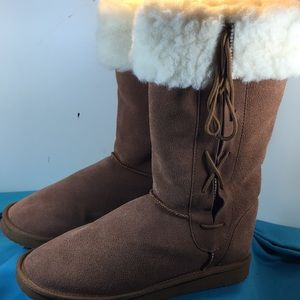 EMU (NEW) knee high boot brown size 8W